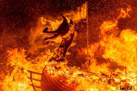 Up Helly Aa Galeone Vichinghi